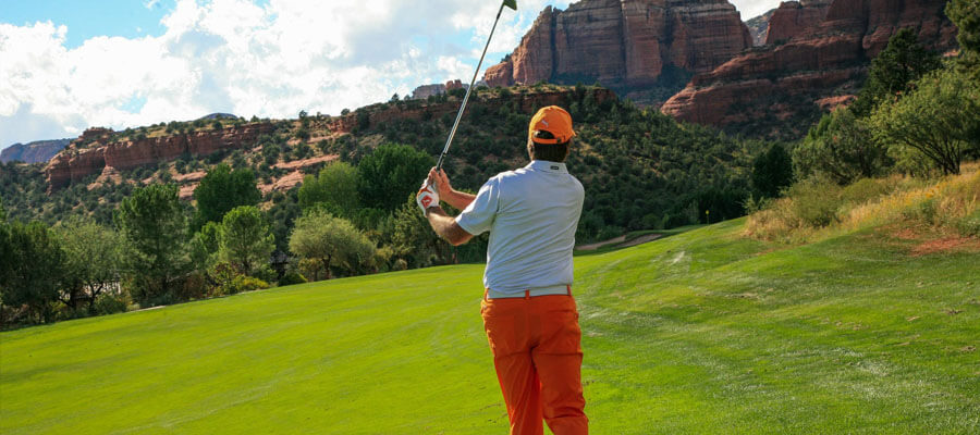 Featured image 8 Tips to Become A Good Golf Player Pitching - 8 Tips to Become A Good Golf Player