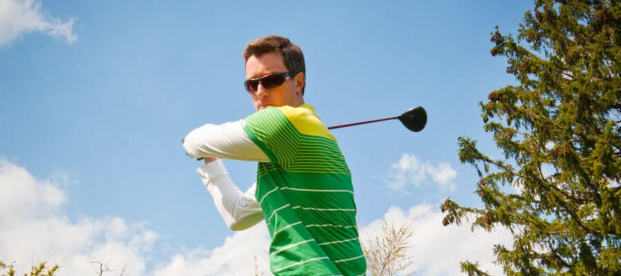 Featured image 8 Tips to Become A Good Golf Player Practice the swinging motion - 8 Tips to Become A Good Golf Player